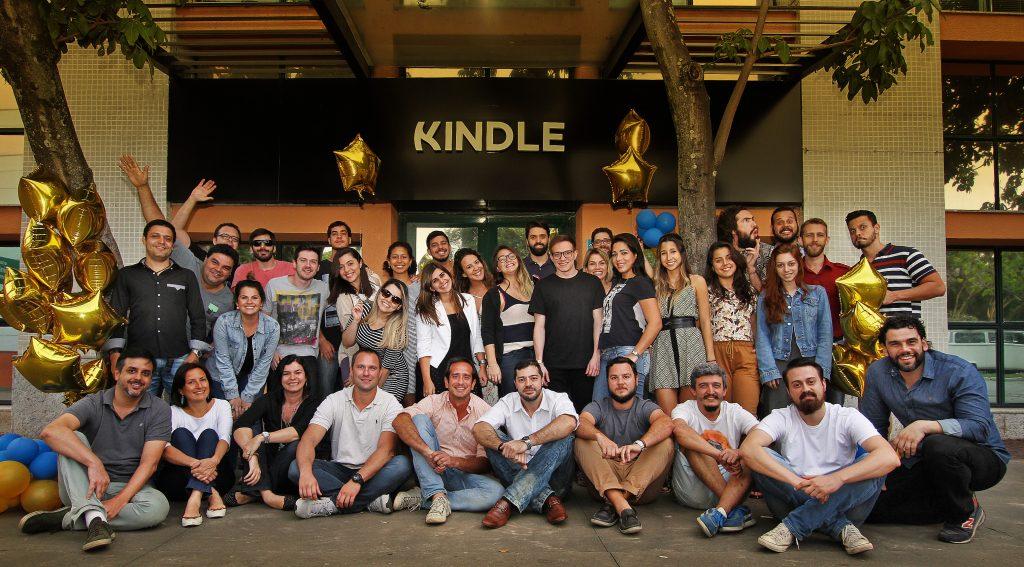 (c) Kindle.com.br